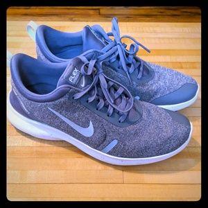 Nike Flex Experience 8 Grey Sneaker